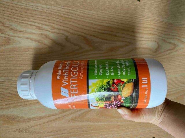 Sản phẩm chai phân bón lá Fertigold Amino Acid 1 lít bán trên thị trường